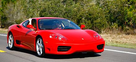 2013_Sunday_Exotic_Rally_Ferrari_440x200-Home-Image